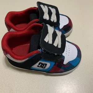 Toddler size 5: DC shoes